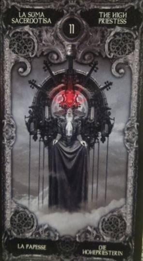 Guarda oltre ciò che vedi. Manuale sull'arte dei tarocchi e il loro utilizzo di Emanuela Imineo_La papessa - La suma sacerdotisa - The high priestess - La papesse