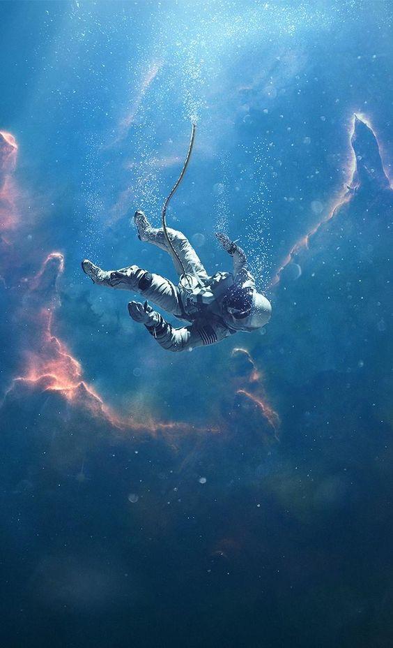 Dormire in un mare di stelle 1 di Christopher Paolini_Astronauta che fluttua nello spazio
